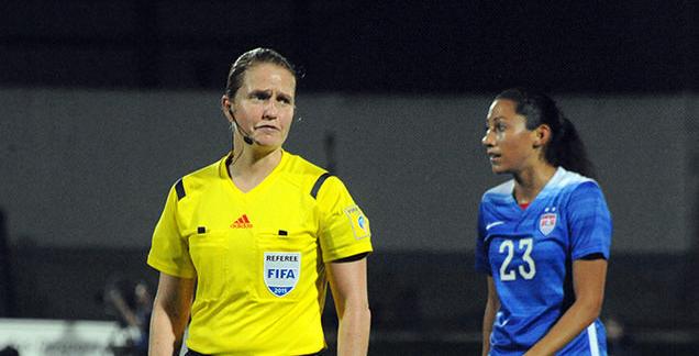 Sveitsisk dommer i torsdagens finale