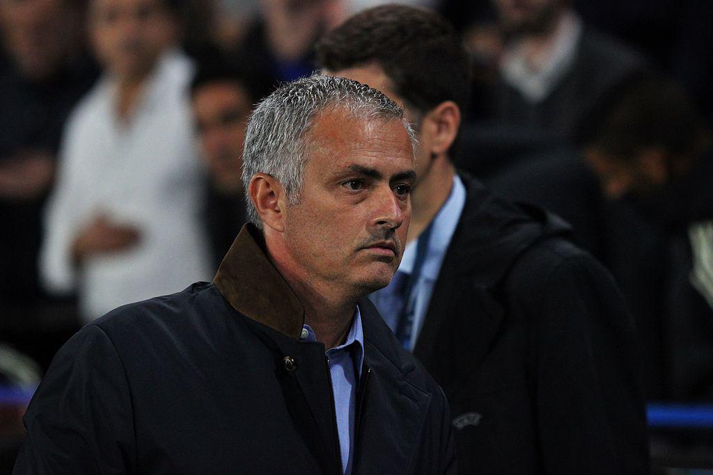 Bot og betinget utestengelse for Mourinho